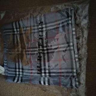 Fake Burberry scarf