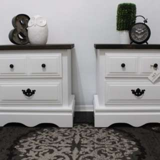 BEAUTIFUL SOLID WOOD ENDTABLES/NIGHT STANDS
