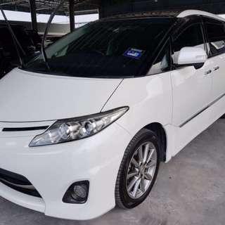 Toyota Estima 2.4 - 2012