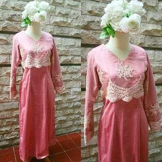pink kebaya dress