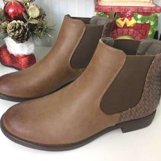 Boots import size L / 37-38, 50%off