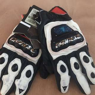 Free Delivery! Brand New Dainese Guanto Gloves