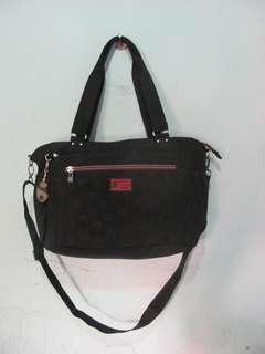 ..BESIDE-U tas jinjing tas selempang (kodisi seperti baru)