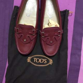 Tod's shoes preowned size 37