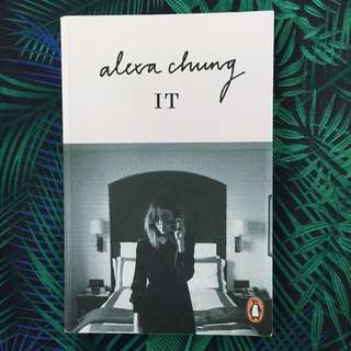 IT by Alexa Chung (Paperback)