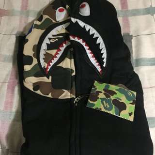 Replica Bape hoodie brand new never worn