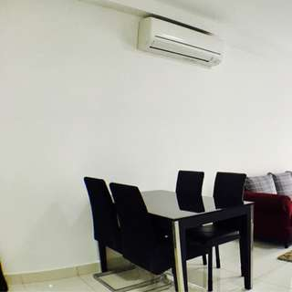Cozy 2 bedroom new Condo 2 minutes from MRT