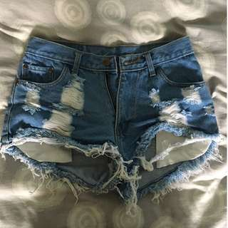 Awesome denim shorts perfect for summer!