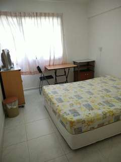 Nice Bedroom in Bedok 10 mins fr bus interchange