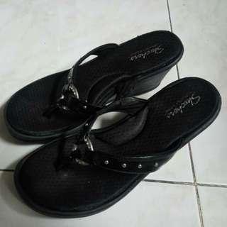 Preloved Sandal Skechers Wedges Original