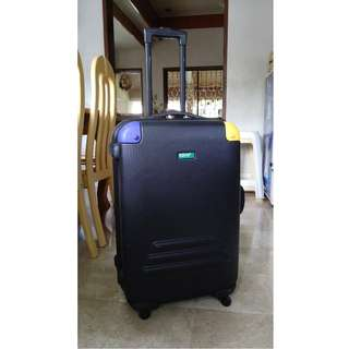 Authentic United Colors of Benetton Luggage (Large)