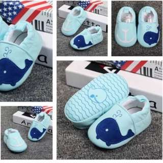 Blue whale prewalker shoes