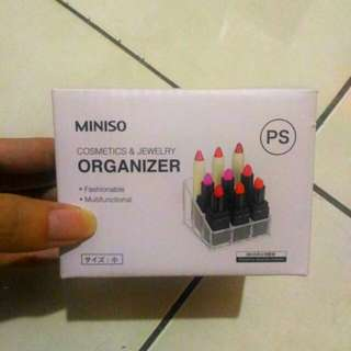 Miniso acrylic organizer for lipstick