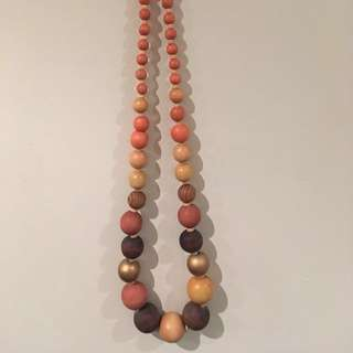 Wooden necklace - pink & gold