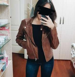 🚚 H&M咖啡皮衣 近全新