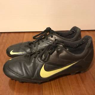 UNISEX Nike Touch Football/Soccer Boots