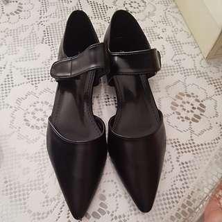 Black Classy women shoes