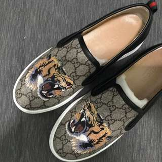 Gucci slipon Men tiger size 41-42