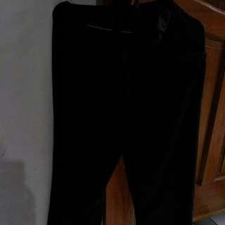 Celana panjang hitam jumpsuit