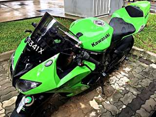 Hardly used 2008 oct Zx10r