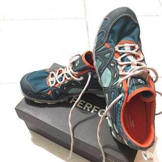 Merrell 登山鞋  Hurricane Lace 水陸兩棲運動鞋 美規8.5 全新未穿過
