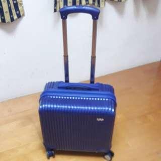 高絲行李箱
