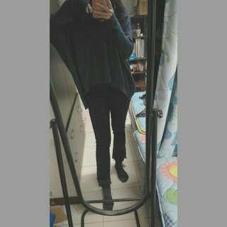 🚚 修身微喇叭黑褲