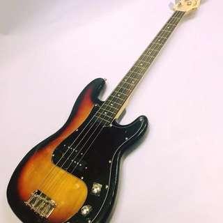 Chord Bass Guitar (sunburst)