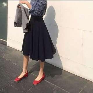 全新現貨》氣質百搭大擺高腰黑色半身裙