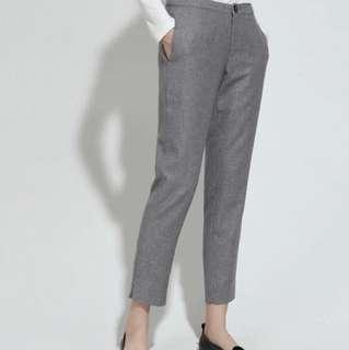 🚚 文青羊毛9分西裝褲,超輕又暖