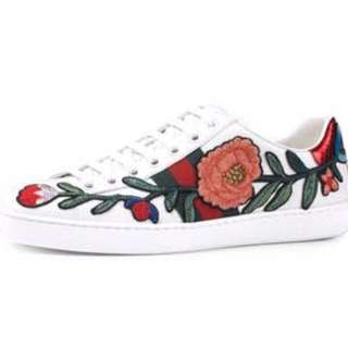 Gucci low top ace sneakers