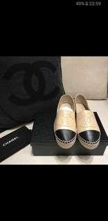 CHANEL 鉛筆鞋38碼 米黑色