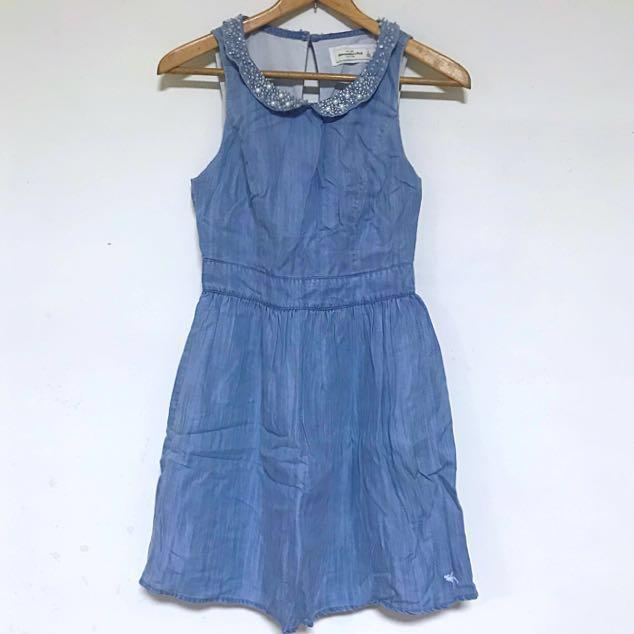 (全新正品)美國購回 A&F Abercrombie & Fitch 珠珠牛仔露背洋裝 2號