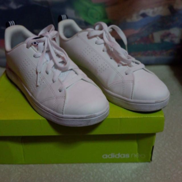 best authentic 2813e 4e1b9 adidas neo advantage clean triple white (whitenavy), Womens Fashion,  Shoes on Carousell
