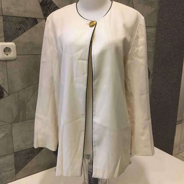 Blazer Putih Korean Style