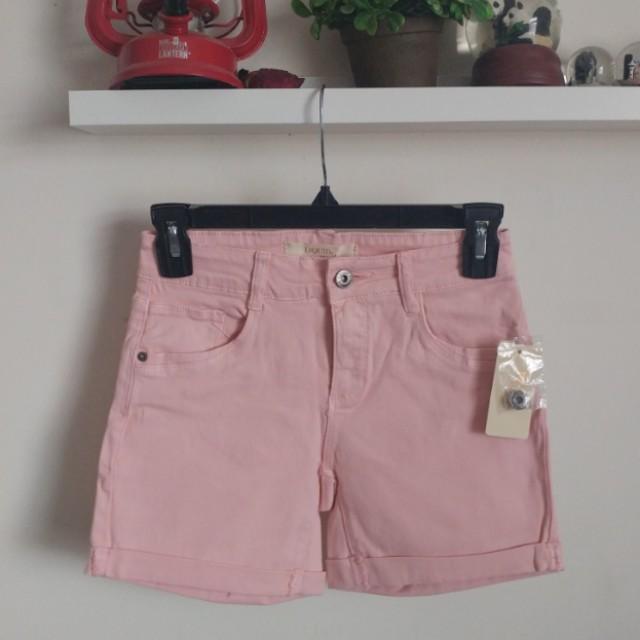 BNWT light pink shorts