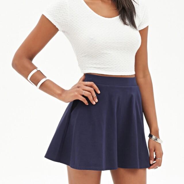 20e1926f1661 Dark Blue Skater Skirt, Women's Fashion, Clothes, Pants, Jeans & Shorts on  Carousell