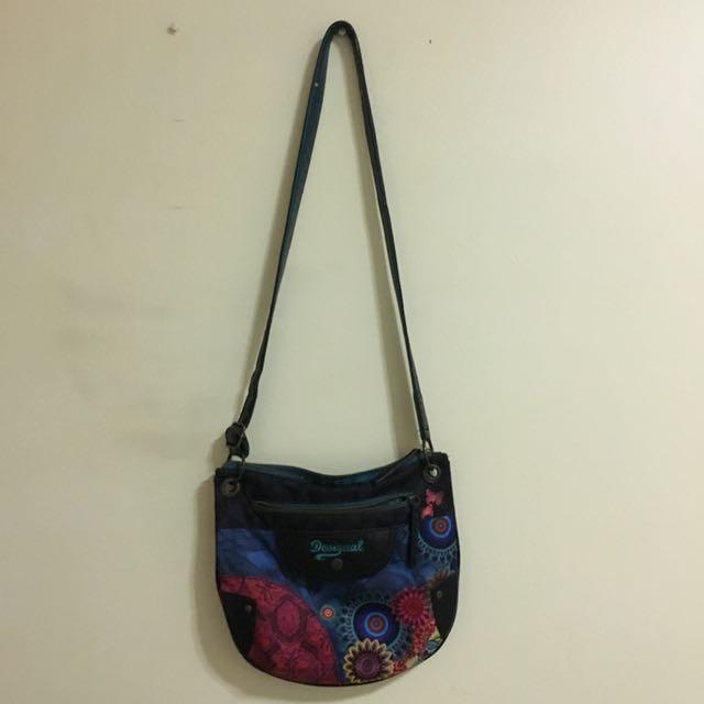 a2e770f09ad1 Desigual Women Sling Bag