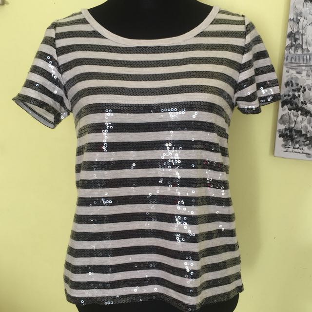 DKNY JEANS EMBELLISHED TOP BLOUSE