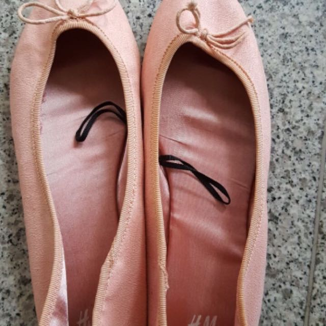 H&M flat shoes dusty pink