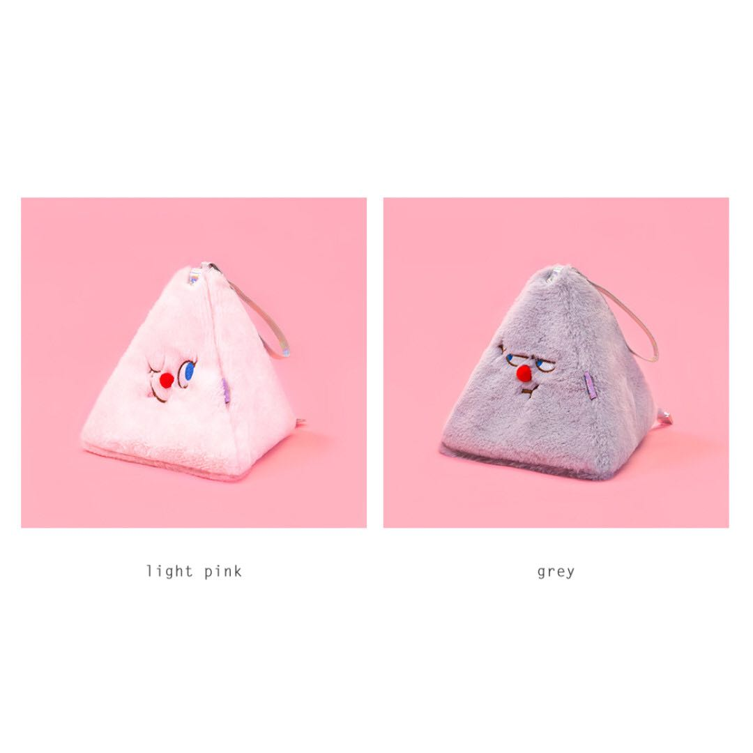 [Instock] Red Nose Triangle Pouch By Bentoy
