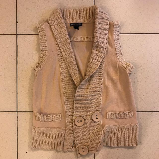 Khaki knitted vest