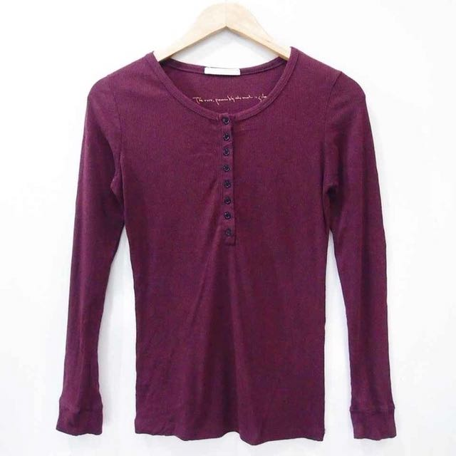 maroon buttoned long sleeves