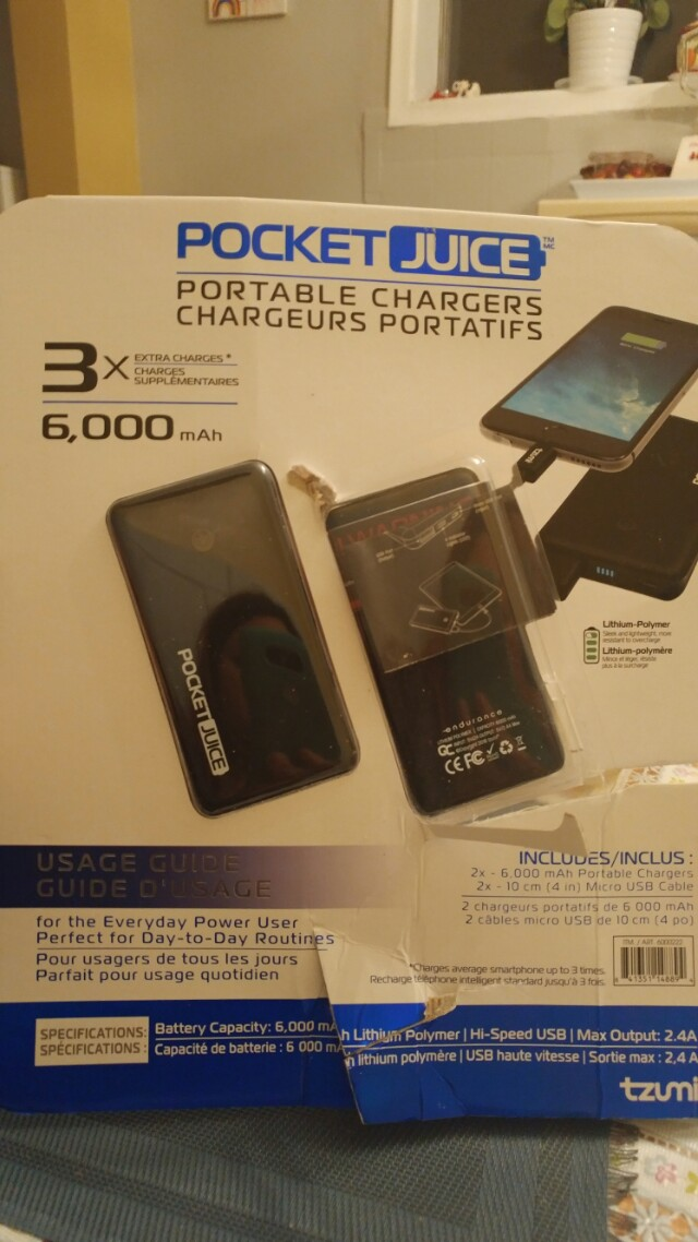 NEW. Portable chargers/pocket Juice