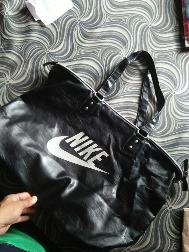 Nike bag shoulder bag