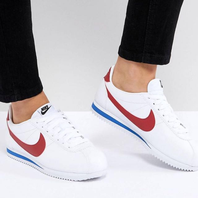hot sale online e2b05 42afd Nike Classic Cortez Trainers in Retro Leather, Women's ...