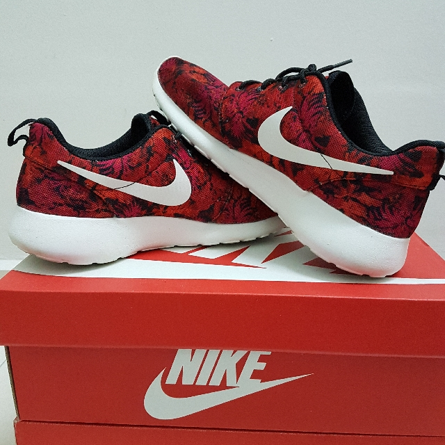f8d00a97b6cee ... discount code for nike roshe run floral red mens fashion footwear on  carousell de19b 354a9