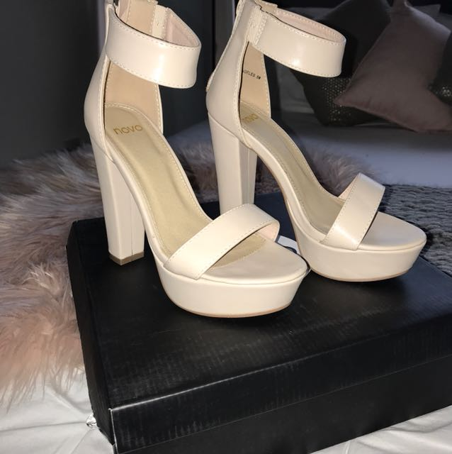 Novo LOS ANGELES Heels in Nude/Sand