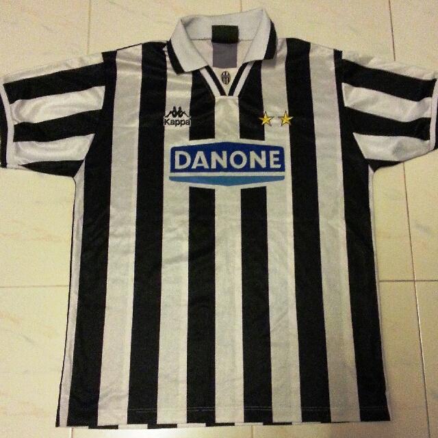 9be837353 RARE Juventus Home Classic Vintage Jersey Danone Medium