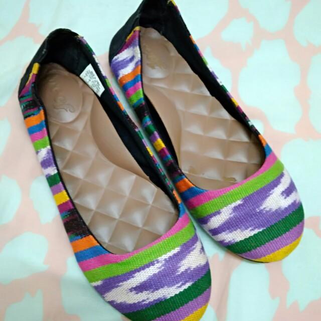 8981d7c5cc8de Home · Women s Fashion · Shoes. photo photo ...